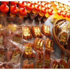 福津店-レジ前で販売されているウィンナー・ハム・ハンバーグ・ドレッシング