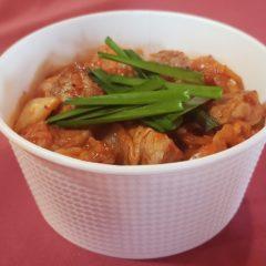 ハイポーのテイクアウト弁当-ミニ豚キムチ丼